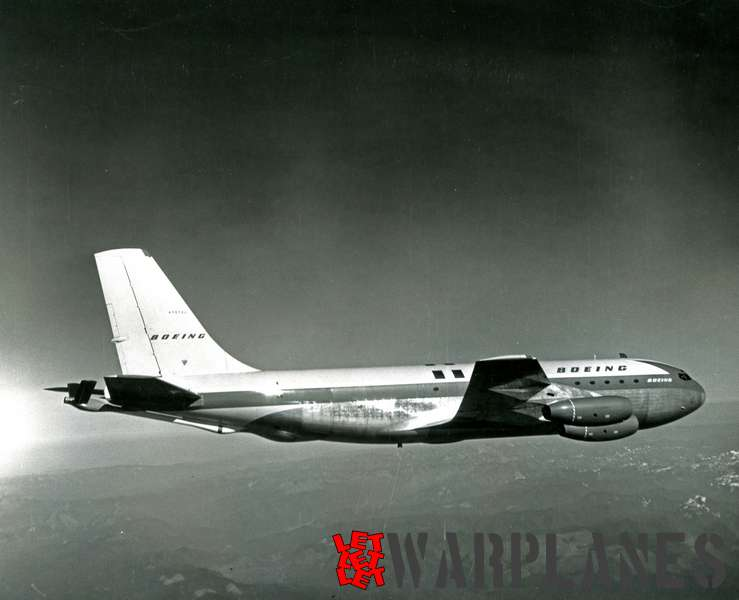 Boeing 367-80 prototype N70700 tanker in-flight testing_2