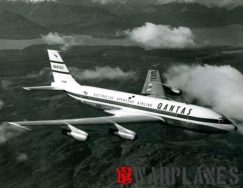 Boeing 707 Qantas N31239