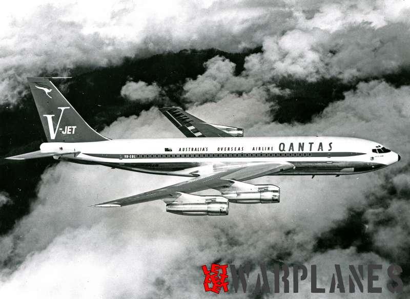Boeing 707 Qantas VH-EBI