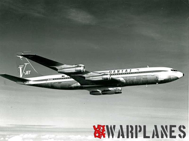 Boeing 707 Qantas VH-EBN