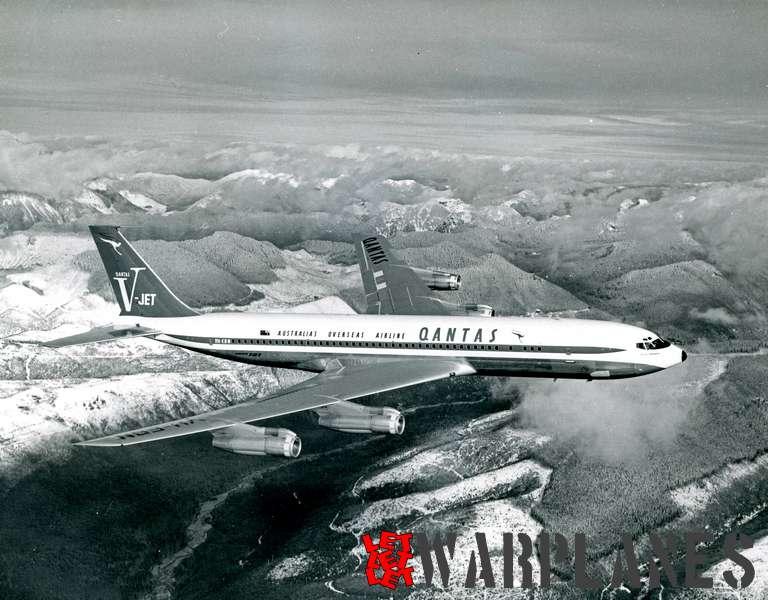 Boeing 707 Quantas VH-EBN_2