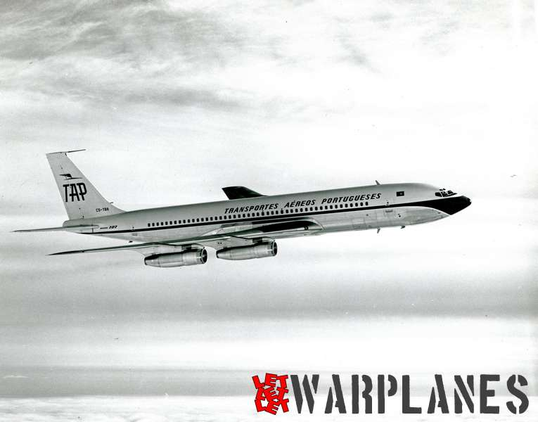 Boeing 707 T.A.P.  CS-TBA