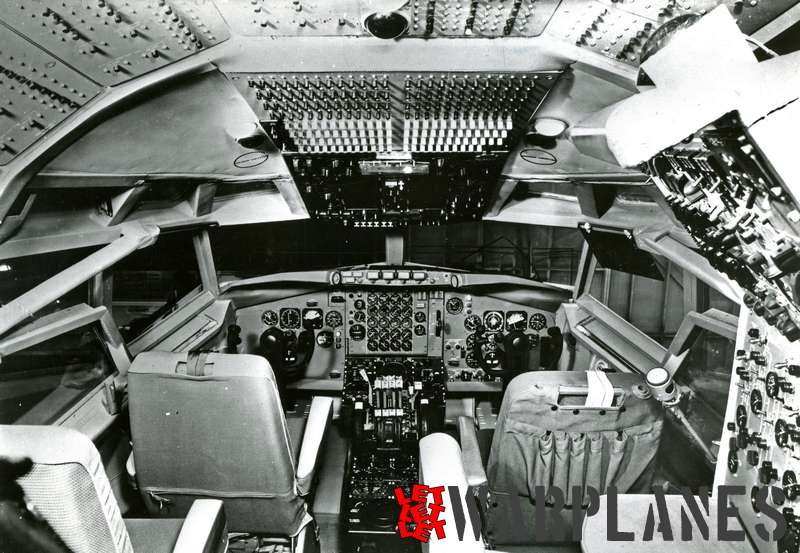 Boeing 707 cockpit interior Air France