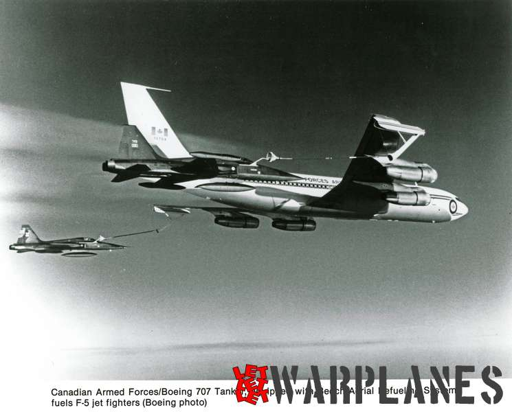Boeing 707 tanker  no. 13704 Canadian Armed Forces
