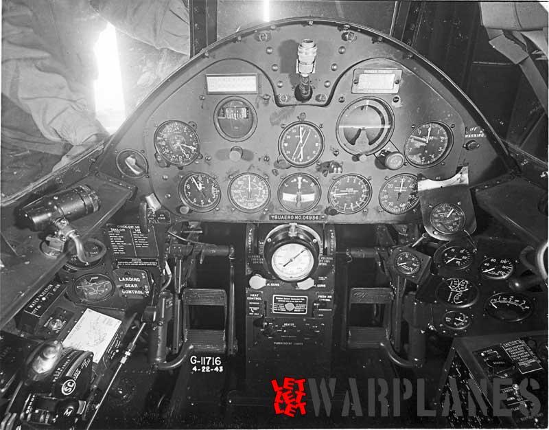 F6F-3-cockpit