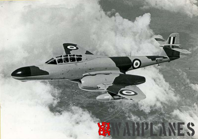 Gloster (Armstrong Whithworth) Meteor NF.11 WD597_1