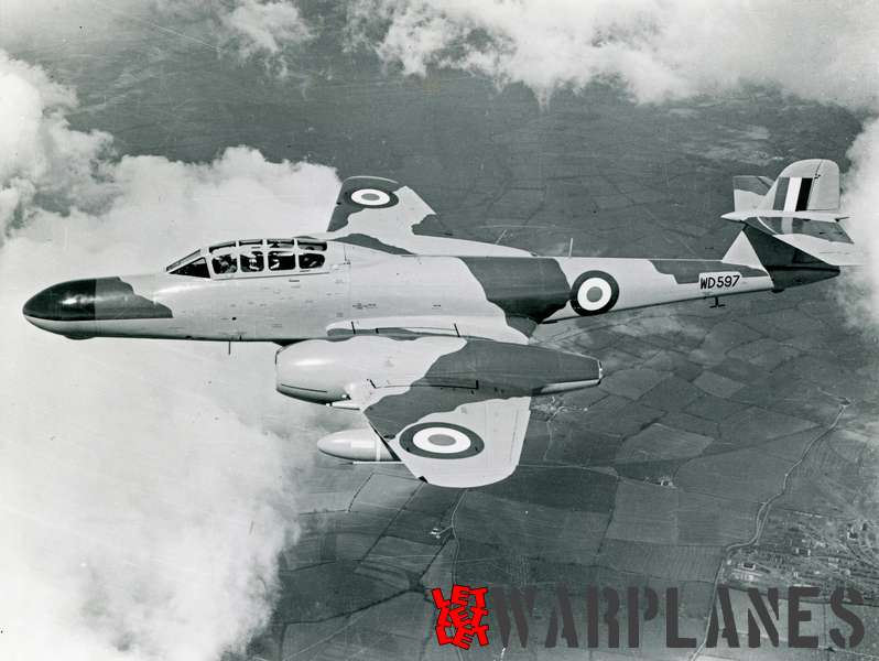 Gloster (Armstrong Whithworth) Meteor NF.11 WD597_2