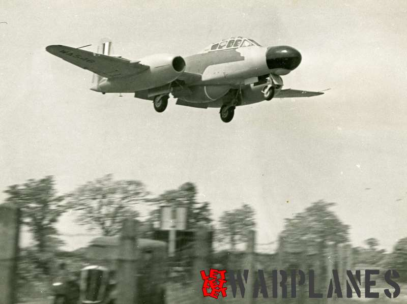 Gloster (Armstrong Whithworth) Meteor NF.11 prototype WA546_2