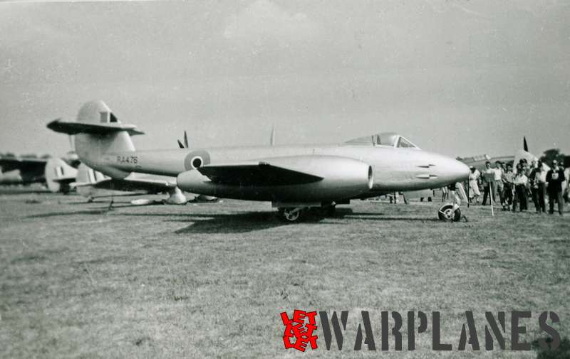 Gloster Meteor F.4 RA476