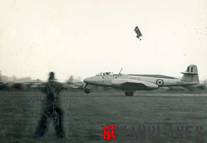 Gloster Meteor T.7 WA634 Martin Baker ejection seat test plane_2