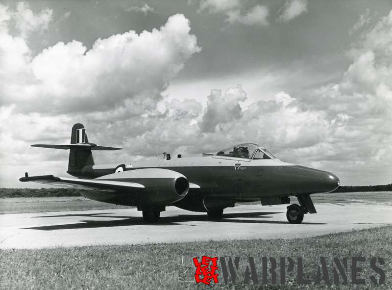 Gloster Meteor U.16 target drone WH284_2