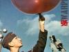 102.-Der-Pilotballon-stellt-die-Windrichtung-in-grossen-H_hen-fest