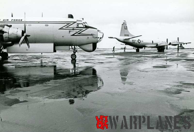 Lockheed P-3B Orion BuNo.152182 of VP-40 with Canadair Argus
