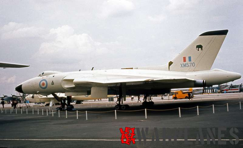 Avro Vulcan B.2 XM570