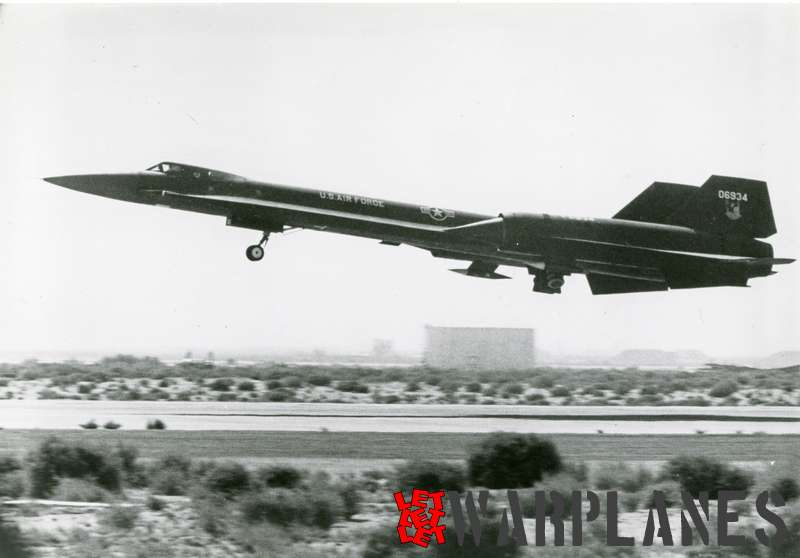 Lockheed SR-71 Blackbird 06934_3