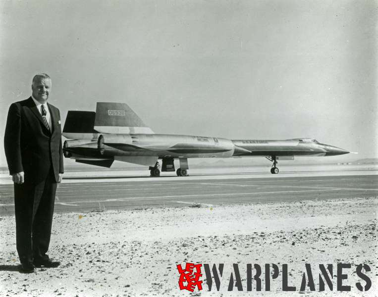 Lockheed SR-71 Blackbird no. 06936  with designer Kelly Johnson