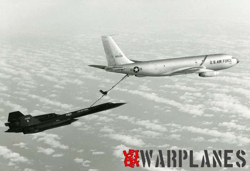 Lockheed SR-71 Blackbird no. 17978 being refuelled by KC-135 tanker