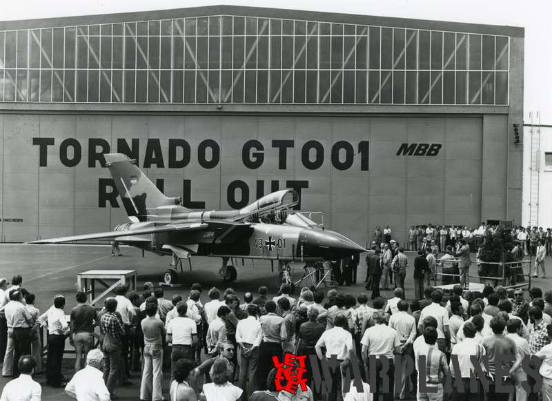 Panavia Tornado 43#01 st production roll out_2