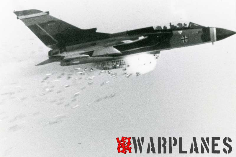 Panavia Tornado 98#03 German Luftwaffe multi-purpose weapon system testing_1