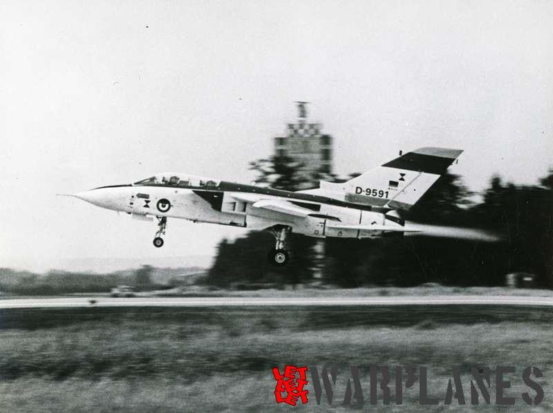 Panavia Tornado D-9591 1st German prototype_6