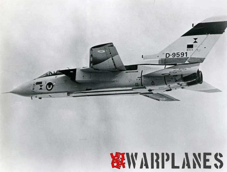 Panavia Tornado D-9591 st German prototype_8