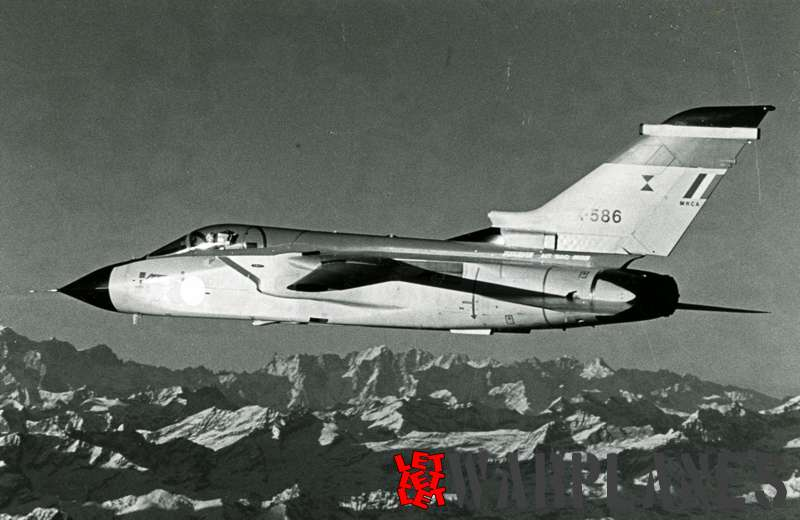 Panavia Tornado X-586 Italian Air Force_2
