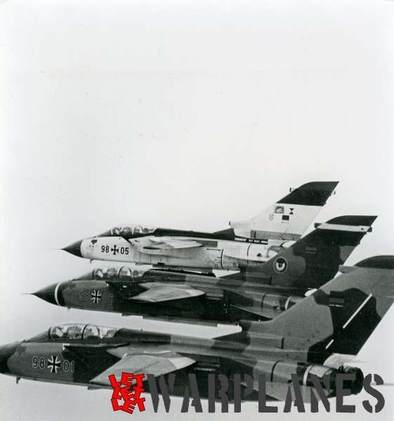 Panavia Tornado formation 98#01, 98#05 and 98#06 German Luftwaffe