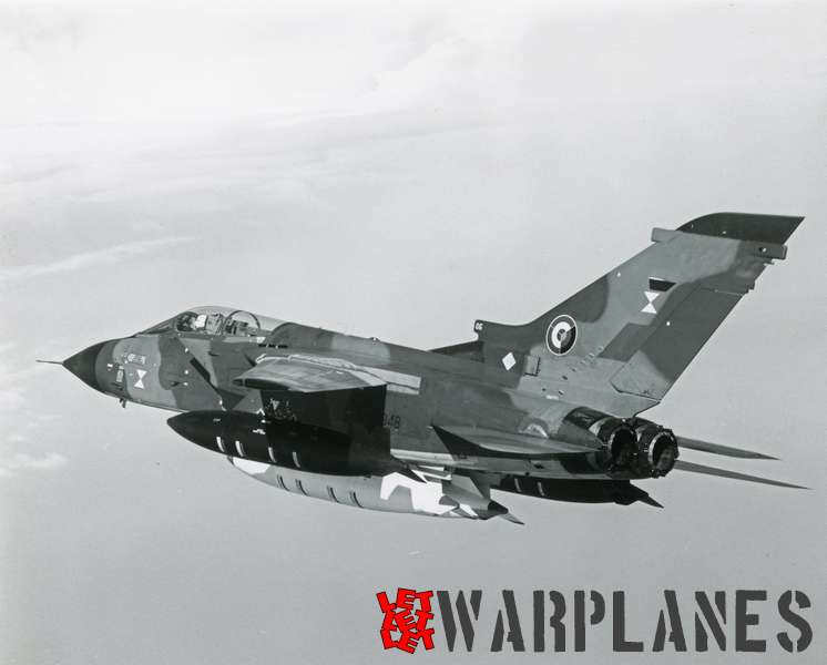Panavia Tornadono. 06 XX948 evaluation plane with extra fuel tanks