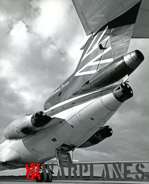 Hawker Siddeley Trident Three B.E.A. detail tail section_2