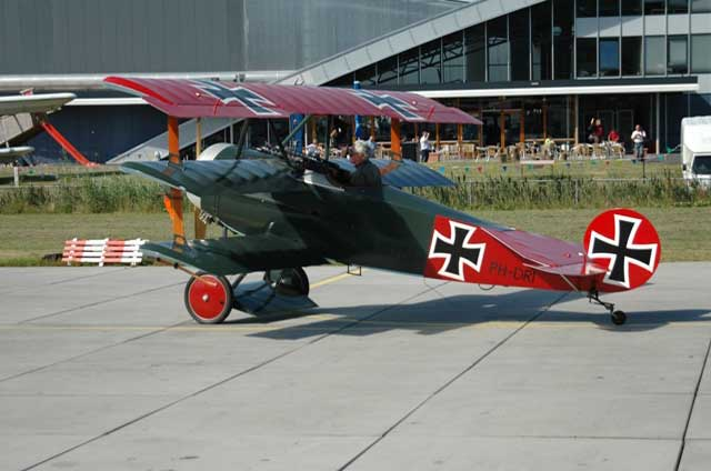 fokker-dr1-replica-ph-dri.jpg