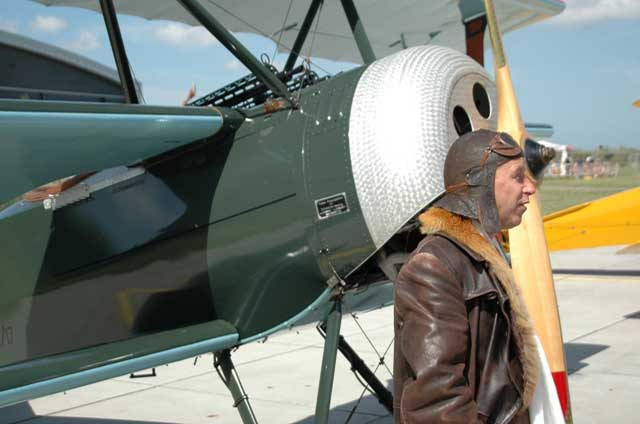 fokker-dr1-with-tony-fokker-look-alike.jpg