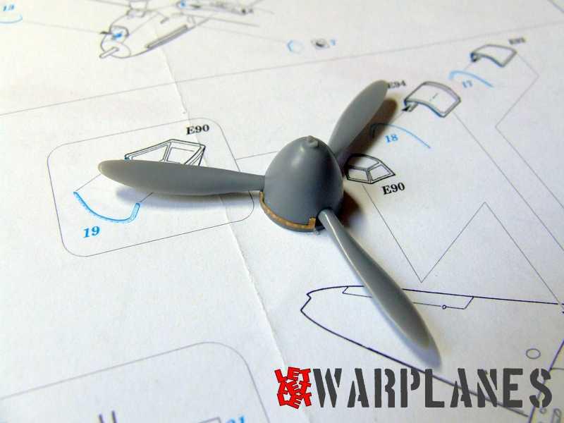 DSCF3827_Yak-1B