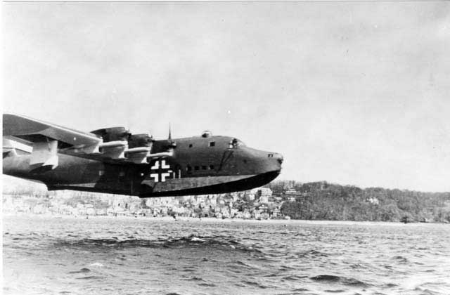 The BV-222C coming in for the landing. Note the different engines!