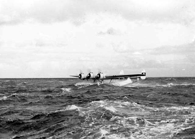 The Do-24V3 D-ADLP Dutch prototype during trials on a very rough sea. It proved to have excellent seaworthiness qualities!