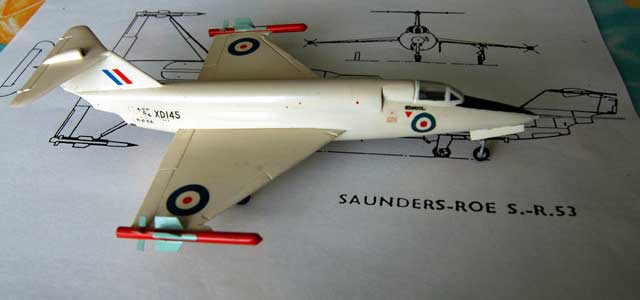 A 1/72 scale model as released by Airfix in the early sixties. The original bagged kit is now a collector\'s item! Firestreak fins of the original kit were replaced by much thinner fins made from plasticard and the airbrakes have been reworked!