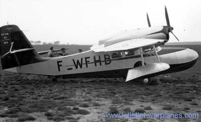 The SCAN 30 amphibian. We see here the second production model. It was in fact a license-built Grumman Widgeon