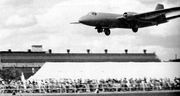 VN799 at Farnborough 1949