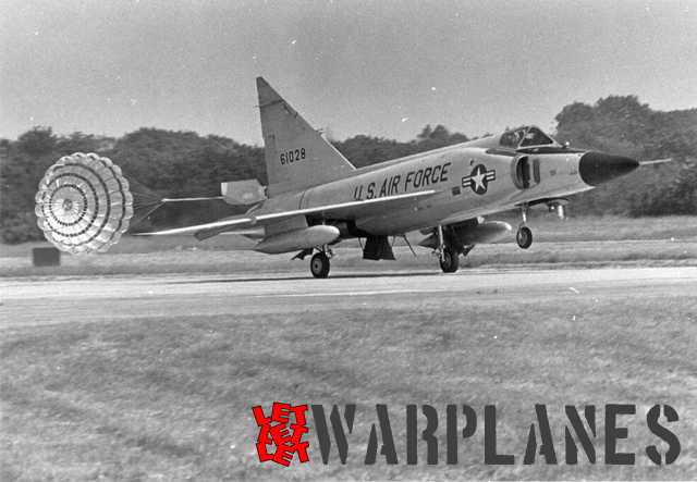 F-102A land at Soesteberg, note parachute brake. (Nico Braas)