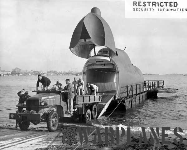 The beaching operations from a Bowloader were exercised  from a mock/up as we can see on this image. At release it was still classified!. (Mark Nankivil collection)