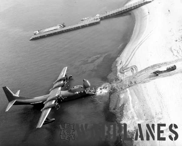 Bird's eye view of the beach landing demonstration of Bowloader No. 6. (Consolidated Vultee photo)