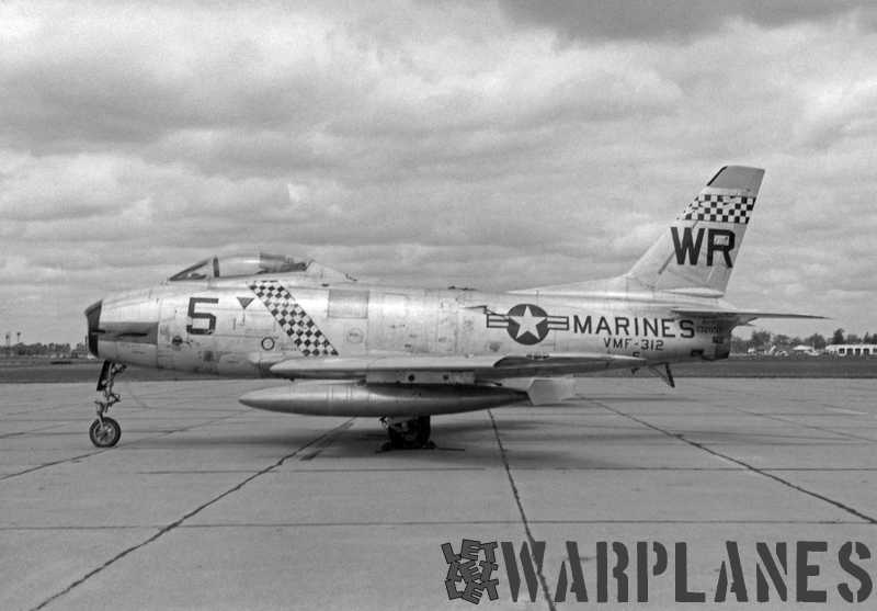 North-American-FJ-2-Fury-VMF-312-BuNo.-132057-ca-1955-Checkerboard-tail