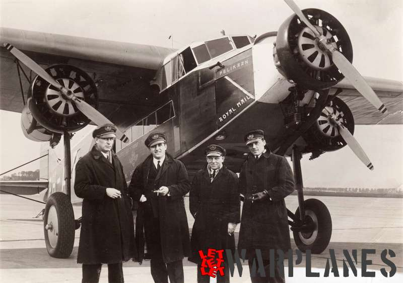 Iwan Smirnoff and his crew in front of the Fokker F.XVIII PH-AIP 'Pelikaan'. The original picture was taken in front of the Fokker F.XX 'Zilvermeeuw', the plane that was initially planned for the flight to N.E.I. Because of a malfunctioning engine this plane was withdrawn last moment and replaced by the F.XVIII PH-AIP. This much published postcard is in fact the result of early photoshopping!